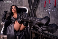 Mistress-Sheyla-in-black-leather-coat-with-gloves-and-boots-2-marked